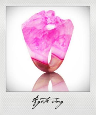 bambi-schnell-agate-rings-pink_instant