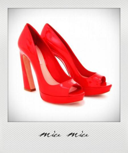 womens-designer-shoes-20120303230_instant