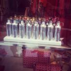 MONTALE (perfume) på fina gatan på Capri